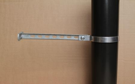Vitreous flue wall brackets